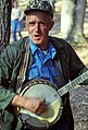 Lawrence Eller plays banjo.jpg