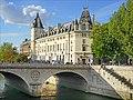 Le Palais de Justice de Paris (21114531594).jpg