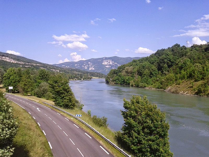 Le Rhône vers Brégnier-Cordon (Ain)