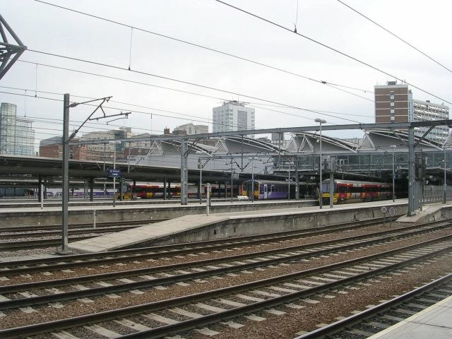 Leeds City Station - geograph.org.uk - 853461