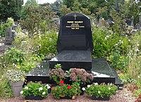 Lille - Cimetière de l'Est, tombe de Pierre Mauroy.JPG