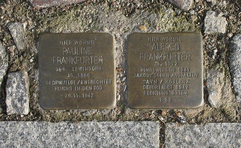 File:Lindow Stolpersteine Frankfurter.jpg