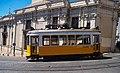 Lisboa, Largo da Sé, bonde (06).jpg