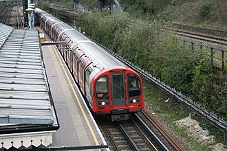 Central line (London Underground) - A Central line 1992 stock train at North Acton