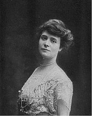 Louise Chéruit.jpg