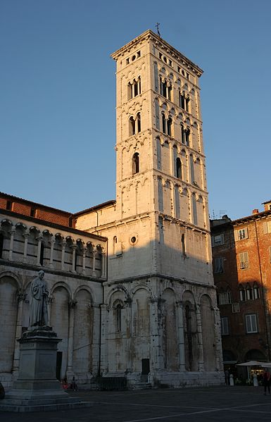 File:Lucca - Chiesa di San Michele, campanile.jpg