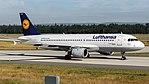 Lufthansa Airbus A320-200 (D-AIPS) at Frankfurt Airport (2).jpg