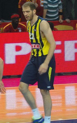 Luka Žorić - Žorić with Fenerbahçe Ülker in December 2013