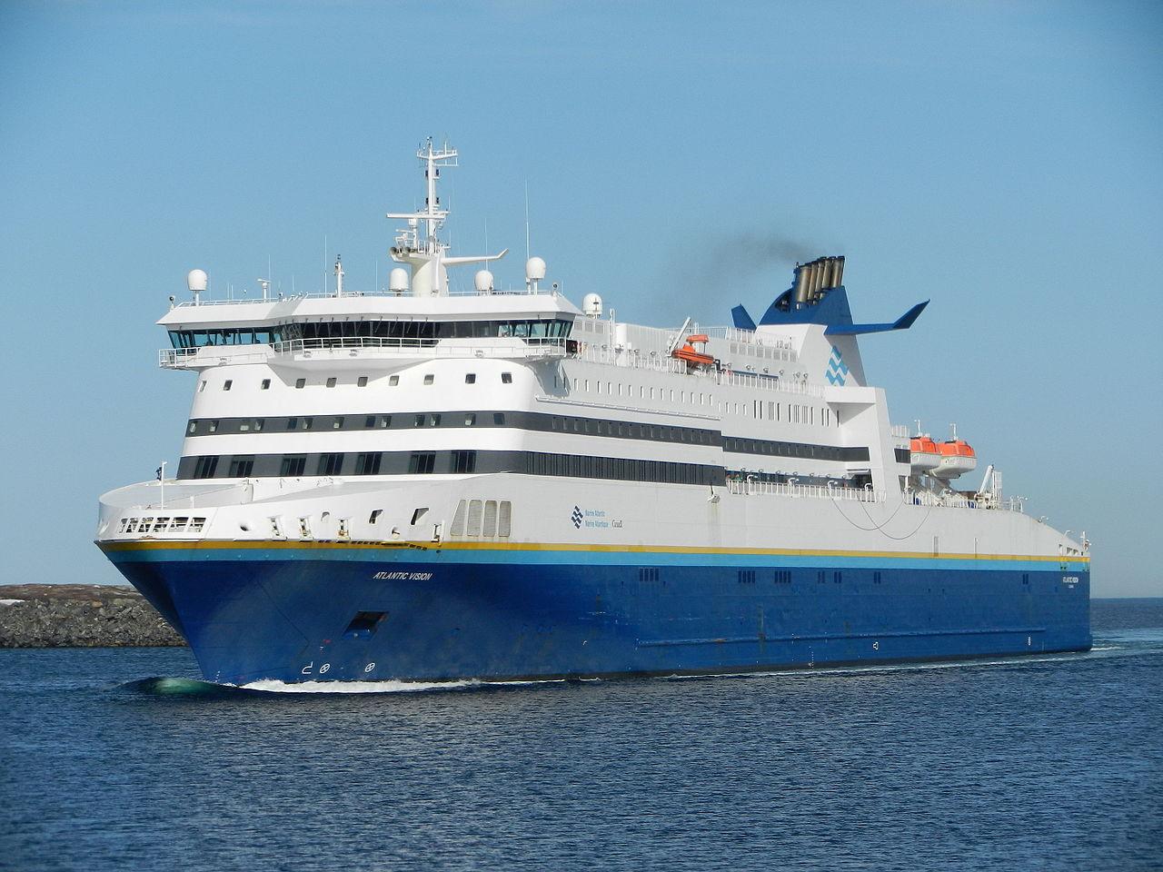 MV Atlantic Vision entering Port aux Basques May 2014