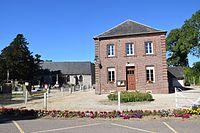 Mairie église Reuville 76.jpg