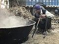 Making of brown sugar in Punjab 04.jpg