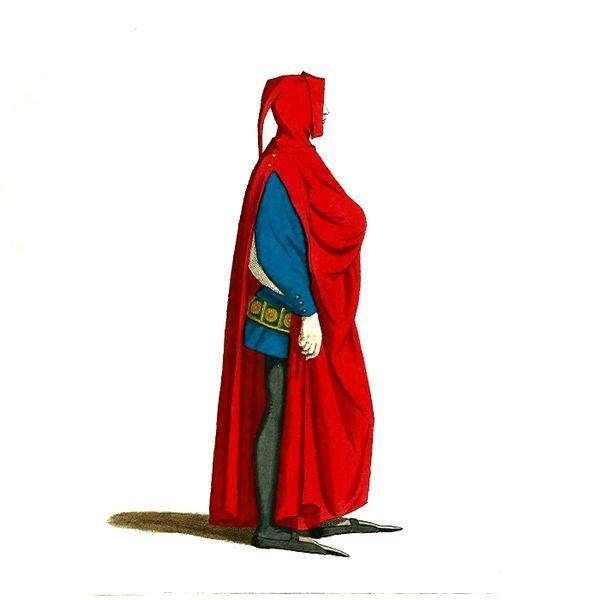 File:Man in Medieval Dress or Costume (13).JPG