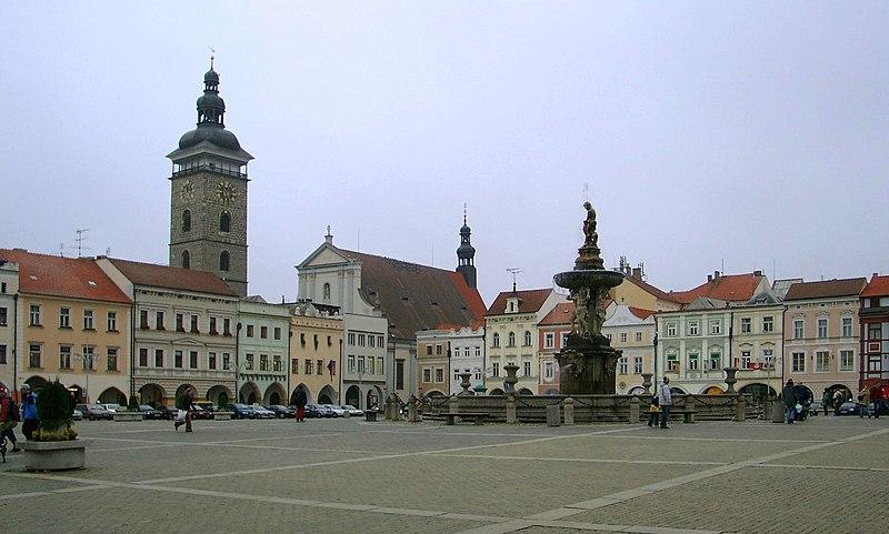 Datei:Marktplatz Budweis.jpg