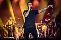 Maroon 5 11 19 2016 -52 (31101312272).jpg