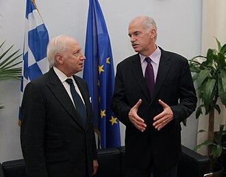 Matthew Nimetz - Matthew Nimetz (left) with George Papandreou during a July 2009 meeting