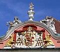 Meersburg Neues Schloss Seefassade Wappen Rodt.jpg