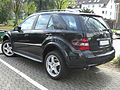 Mercedes ML (W164) Sportpaket rear.jpg