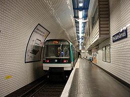 Metro de Paris - Ligne 7bis - Pre-Saint-Gervais 01