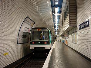 Pré-Saint-Gervais (Paris Métro) - Image: Metro de Paris Ligne 7bis Pre Saint Gervais 01