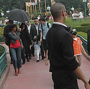 Jackson with his children at Disneyland Paris in 2006.