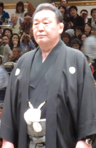 2010 in sumo - Sumo Association chairman Musashigawa stood down in August.