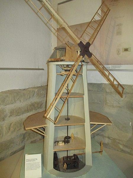 File:Modell Windmühle Soleförderung Bad Rappenau 2541.jpg