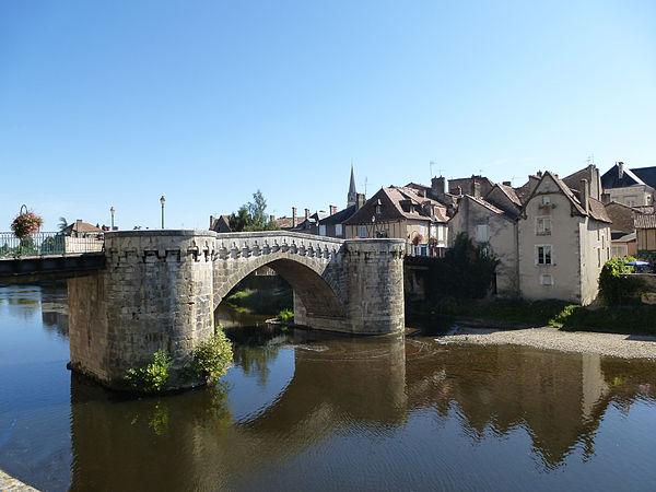 Le vieux pont de Montmorillon.