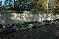Monument Fusilladeplaats Vught (2007).jpg