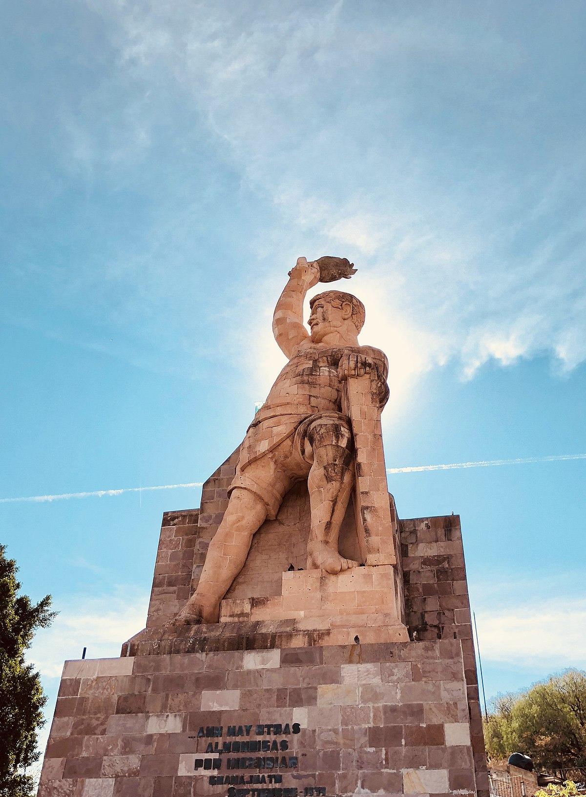 El mirador está dedicado al famoso insurgente de la Independencia.