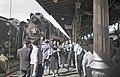 Moskau 1957-Ankunft deutscher Festival-Teilnehmer am Belorussky Woksal.jpg