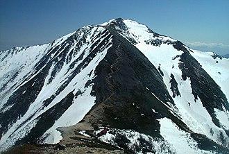 Mount Jōnen - Mount Jōnen, Jōnen Hut and the climbing trail from Mount Yokotooshi