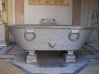 Museo Pio-Clementino bath 2.jpg