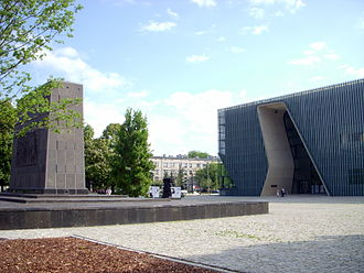 History of the Jews in Poland - POLIN Museum of the History of Polish Jews (right), and Monument to the Ghetto Heroes (left), Warsaw Śródmieście