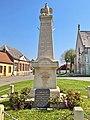 Namps-au-Val - Monument aux morts -WP 20190420 11 38 07 Rich.jpg