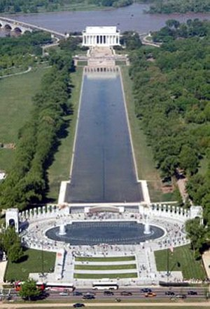 National World War II Memorial - View of The World War II Memorial (bottom) and the Lincoln Memorial (top) from the Washington Monument