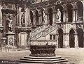 Naya, Carlo (1816-1882) - n. 068 - Cortile del Palazzo Ducale.jpg