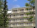 Nederlandsch Sanatorium Davos 005 ligbalkons centrale gebouw.JPG
