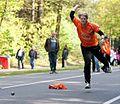 Nederlandse klootschietster in actie op het onderdeel straat..jpg
