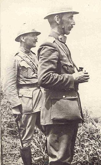 Theodoros Pangalos (general) - Pangalos with Konstantinos Nider, commander of the 1st Infantry Division, at the Macedonian Front during World War I.
