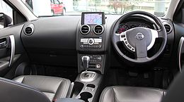 Nissan Dualis 20G Urban Black Leather II interior.jpg
