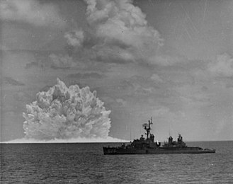 Depth charge - USS Agerholm (DD-826) launched an ASROC anti-submarine rocket, armed with a nuclear depth bomb, during the Swordfish Test of 1962