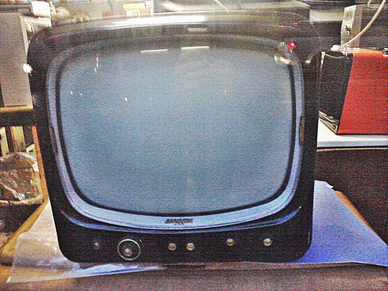 File:Old television.jpg