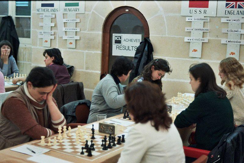 File:Olympiasieger W 1980 Malta.jpg