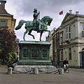 Overzicht linkerzijde ruiterstandbeeld Willem van Oranje - 's-Gravenhage - 20363334 - RCE.jpg