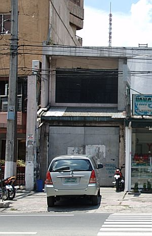 Ozone Disco Club fire - A 2008 photograph of the Ozone Disco building in Timog Avenue, Quezon City. The structure remained standing until 2015; it was never restored for commercial use and remained undisturbed until its demolition in March 2015.
