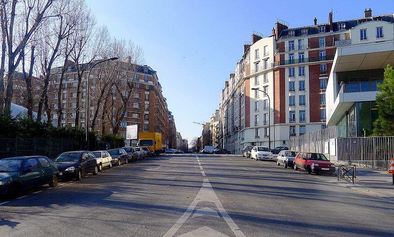 Fichier:P1080249 Paris XVI rue du Général-Niox rwk.JPG