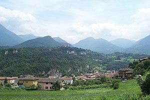 Malegno - Image: Panorama di Malegno e eremo di Bienno (Foto Luca Giarelli)