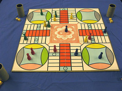 Picture of a game: Parcheesi