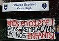 Parents en colère Groupe scolaire Victor-Hugo Poissy.JPG