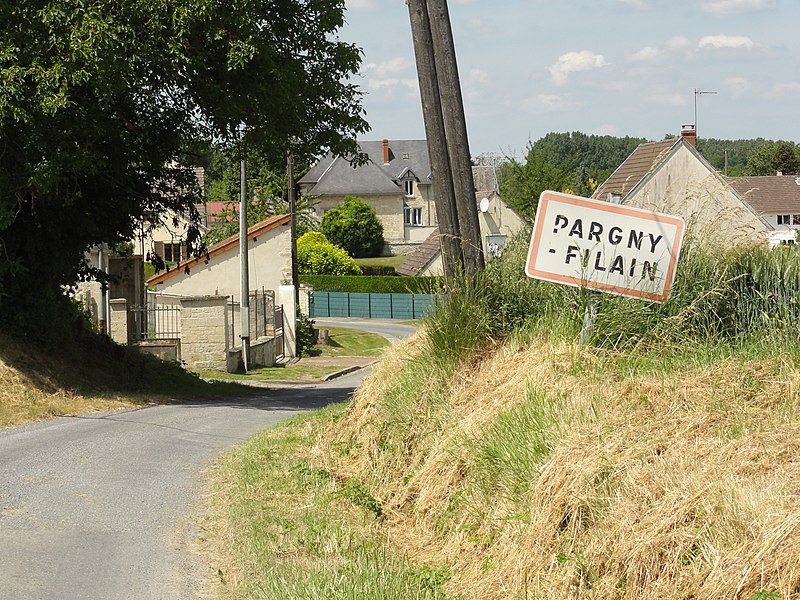 Pargny-Filain (Aisne) city limit sign
